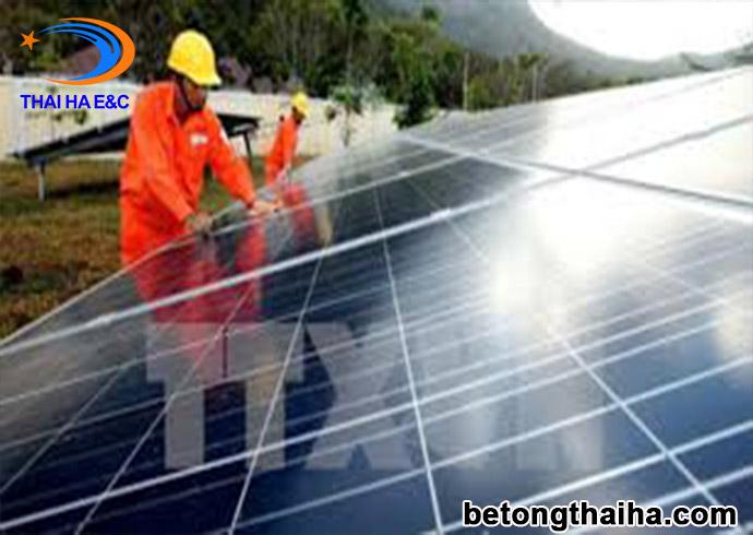 dự án điện mặt trời bó vỉa bê tông đúc sẵn